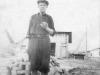 1947 г. Так одевались и выглядели зеки, основавшие и построившие Печору.  Фото из архива А.В. Буровой.