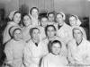 15 февраля 1954 г. Коллектив аптеки №19, которая раньше размещалась в здании