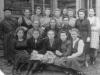 24 апреля 1950 г. Коллектив сберкассы, которая раньше располагалась напротив Сбербанка. Фото из архива Яровой И.В.
