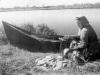 1957 г. Рыбалка на озере. Фото из архива Валентины Яковлевны Овечкиной.
