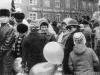 1 мая 1988 г. ул. Ленинградская между ГК партии и горисполкомом перед выходом на Печорский пр. на демонстрацию. Фото из архива Л.М. Солонко.