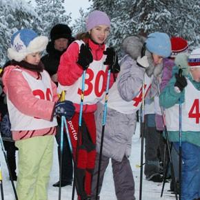Дед Мороз на лыжне – ФОТО
