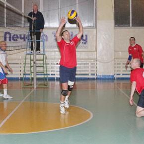 Ждем любителей волейбола!