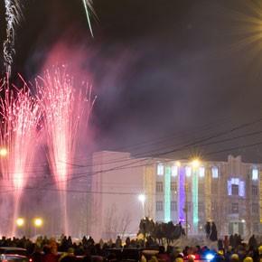 Новогодний фейерверк – ФОТО