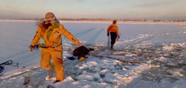 В ночь с 27 на 28 ноября на еще не полностью замерзшей реке Печоре произошла трагедия