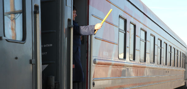 Печорский городской суд взыскал с ОАО «Российские железные дороги» в пользу юноши возмещение вреда